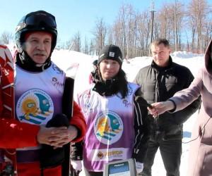Лыжный спорт помогает детям-аутистам адаптироваться в обществе. U news.