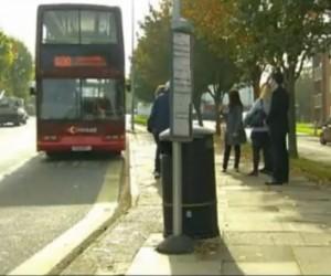 Социальная реклама про аутизм. Поездка на автобусе. Великобритания.